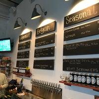 1/22/2017 tarihinde Michael F.ziyaretçi tarafından Seven Stills Brewery & Distillery'de çekilen fotoğraf