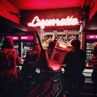 11/12/2015 tarihinde Nicole A.ziyaretçi tarafından Genuine Liquorette'de çekilen fotoğraf