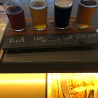 Photo prise au BJ's Restaurant & Brewhouse par Trevor B. le9/8/2018