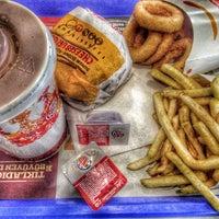 Photo taken at Burger King by Ahmet 😎😎🎱🎱🎥🎥🎯🎲🎲 on 3/16/2016