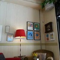Photo taken at Café de la Luz by winetastelovers on 6/11/2013