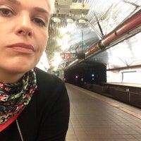 Photo taken at MTA Subway - Roosevelt Island (F) by Teta K. on 8/7/2017