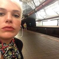 Photo taken at MTA Subway - Roosevelt Island (F) by Teta K. on 8/12/2017