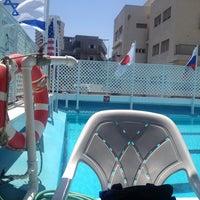Photo taken at Pool of Hotel Metropolitan by Omer L. on 4/22/2014