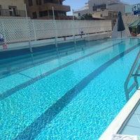 Photo taken at Pool of Hotel Metropolitan by Omer L. on 10/24/2013