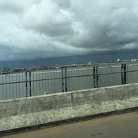 Photo taken at Monrovia by 浩則 谷. on 11/9/2015