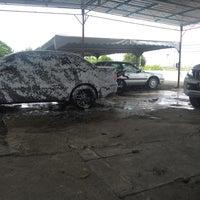 Photo taken at Seri Gunong Car Wash by 'Haikal K. on 9/20/2016