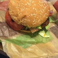 Photo taken at Burger King by Ro on 9/10/2016