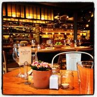 Photo taken at The Winston Brasserie by Gürhan Ş. on 10/27/2012