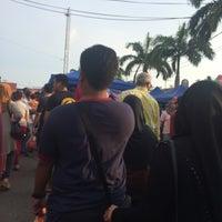 Photo taken at Bazar Ramadan Alor Gajah by Nizam N. on 6/12/2016