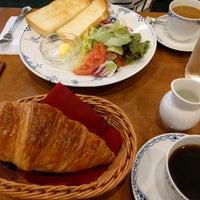 Photo taken at Tsubakiya Coffee by Kazuhiro O. on 9/16/2016