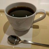 Photo taken at Tsubakiya Coffee by Kazuhiro O. on 3/13/2016
