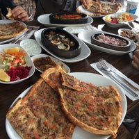 Photo taken at Öz Altınova Pide Kebap Salonu by Burhan T. on 11/12/2015