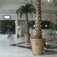 Foto tomada en Hotel Camino Real por Nallely H. el 3/15/2013