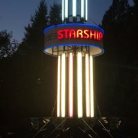 Photo taken at Starship America by Robinson R. on 8/31/2013