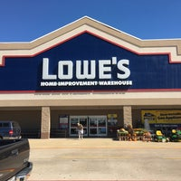 Photo taken at Lowe's Home Improvement by Steven G. on 10/8/2016