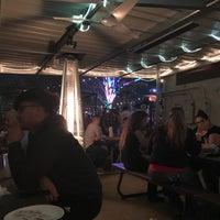 12/2/2017 tarihinde D J.ziyaretçi tarafından Luigi's Pizzeria'de çekilen fotoğraf