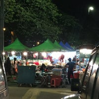 Photo taken at Pasar Malam Port Dickson by 👑 Alynn L. on 12/31/2016