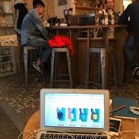 Photo prise au Le Peloton Café par Bobo R. le10/5/2017