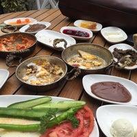 Foto tirada no(a) Şazeli Florya por Seymeen U. em 10/17/2015