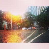 Foto tomada en Pablo Ocampo Sr. Avenue por leiko l. el 8/20/2013