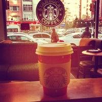 Photo prise au Starbucks par Durul D. le12/14/2012