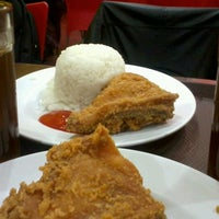 Photo taken at oLive Fried Chicken by rikee on 11/26/2012