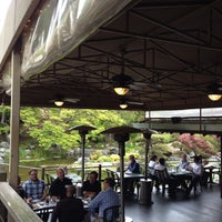 Foto tomada en Karl Strauss Brewery & Restaurant por Joanna C. el 4/30/2013
