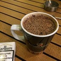Foto tirada no(a) Gloria Jean's Coffees por Kürşat BALTA em 11/3/2015