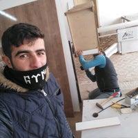 Photo taken at Müminoğlu Mobilya Dekorasyon by Ali A. on 1/27/2017
