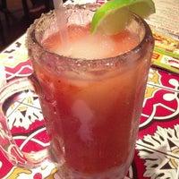 รูปภาพถ่ายที่ Chili's Grill & Bar โดย Nina P. เมื่อ 12/9/2012