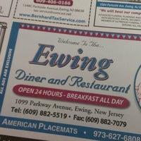 Снимок сделан в Ewing Diner пользователем Scott W. 2/8/2013