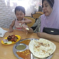 Photo taken at Restoran Mohamad & Salam by Zyla A. on 4/14/2016
