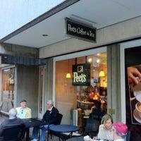 10/27/2012にGordon G.がPeet's Coffee & Teaで撮った写真