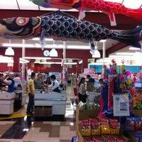 Photo taken at Mitsuwa Marketplace by Gordon G. on 4/20/2013