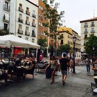 Foto tomada en Plaza de Chueca por Gage D. el 8/7/2015