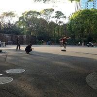Foto tirada no(a) Shinjuku Chuo Park por Mitsuru S. em 4/13/2013