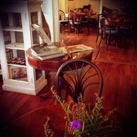 Photo taken at Art Cafe Hemingway by Vicki L. on 10/14/2012