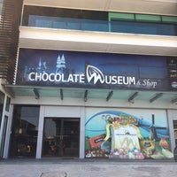 Photo taken at Chocolate Museum by Nur A. on 4/20/2017