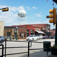 Photo taken at Historic Downtown Grapevine by SilverLove on 7/23/2017