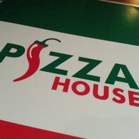 Photo taken at Pizza House by Vita H. on 3/13/2014