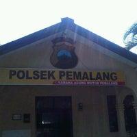 Photo taken at Polsek Kota Pemalang by Ismail M. on 4/15/2013