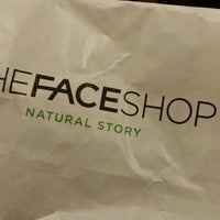 Photo taken at TheFaceShop by Woon X. on 9/24/2015