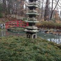 รูปภาพถ่ายที่ Lee's Golden Buddha & Mo Mo Ya โดย Daniel G. เมื่อ 2/11/2014