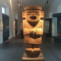 Снимок сделан в Museo Chileno de Arte Precolombino пользователем Priscila R. 11/10/2015