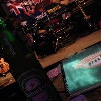 Foto tirada no(a) Gas Station Pub por Heloisa A. em 10/26/2013