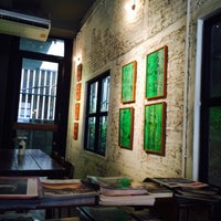 Foto scattata a INK&LION Café da Mann il 5/10/2015