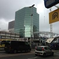 Photo taken at Busstation Centrumzijde by Hessel v. on 4/10/2013