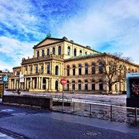 Das Foto wurde bei Opernplatz von Olaf T. am 2/2/2014 aufgenommen