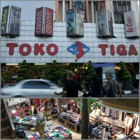 Photo taken at Toko Tiga - Original Jeans Centre by Siti N. on 9/1/2013